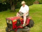 Dad's newer mower-2008.JPG